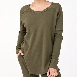 Aritzia Golden by TNA Waffle Knit Thermal Top